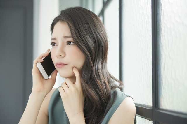 クレジットカード審査に電話はある?在籍確認を知るための全知識