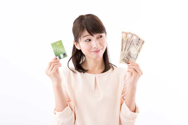 シナジーカードでキャッシングする方法!返済方法・金利と手数料を抑える方法は?