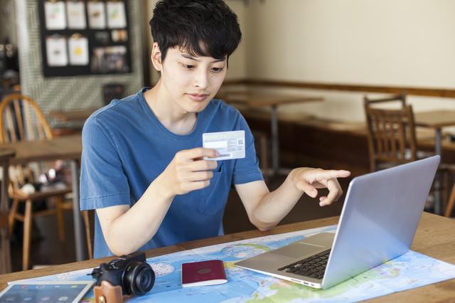 学生時代にクレジットカードは必要?学生がクレジットカードを持つメリット・デメリットやおすすめクレジットカードもご紹介!
