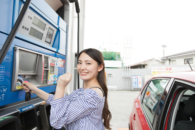 出光カードでガソリン代を大幅値引き!出光カードのメリットと他カードとの比較